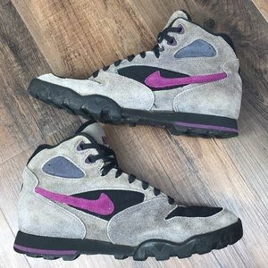 Vintage Nike Hiking Boots Size 9